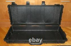 Pelican 1700 Rifle/Long Gun Storage Wheeled Transport Case Black No Foam